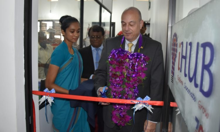 Public Affairs Officer of the U.S. Embassy Sri Lanka, James Russo, opens American Innovation Hub (iHub) in Matara on March 21, 2018 in partnership with the Matara District Chamber of Commerce and Industry.