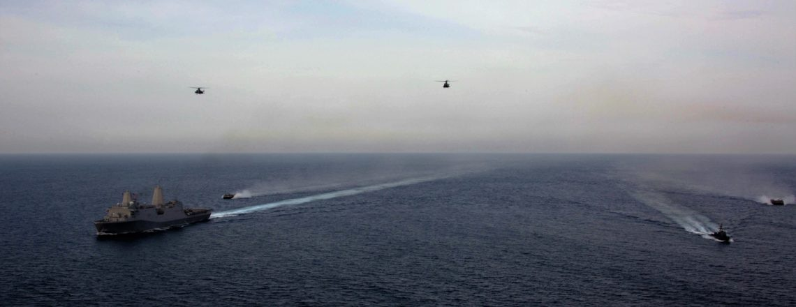 USS Anchorage Conducts Exercise at Sea with Sri Lankan Navy